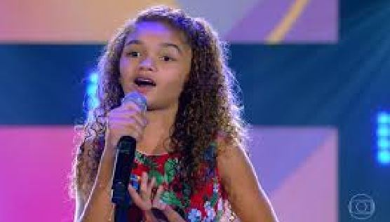 Raylla Araújo é destaque no The Voice Kids
