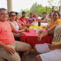 ODIMAR CELEBRA DIA DO PROFESSOR EM ALMOÇO COM AMIGOS EDUCADORES