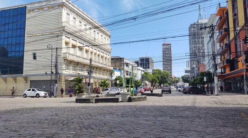 Governo do AM confirma reabertura gradual do comércio a partir de junho em Manaus e interior fica a critério de prefeitos