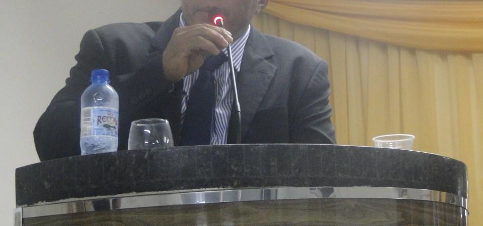 Perseguidor, prefeito de Coelho Neto manda demitir mais uma esposa de vereador