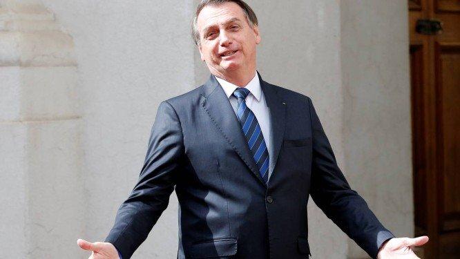 'Não vou perder tempo para comentar pesquisa do Datafolha', diz Bolsonaro