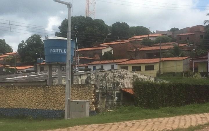 Com parte do muro no chão, Hospital de Coelho Neto é o espelho do caos na saúde