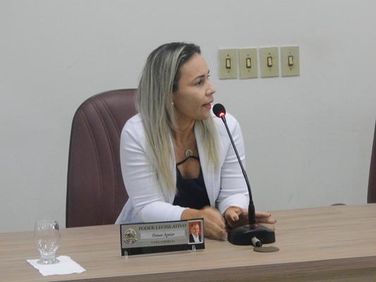 Liza Pires reivindica recuperação de estrada e Rafael Cruz denuncia falta de cadeiras no Hospital de Coelho Neto