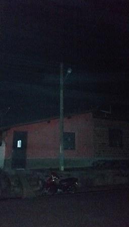 Sem iluminação pública, estabelecimentos comerciais ficam vulneráveis a violência em Coelho Neto