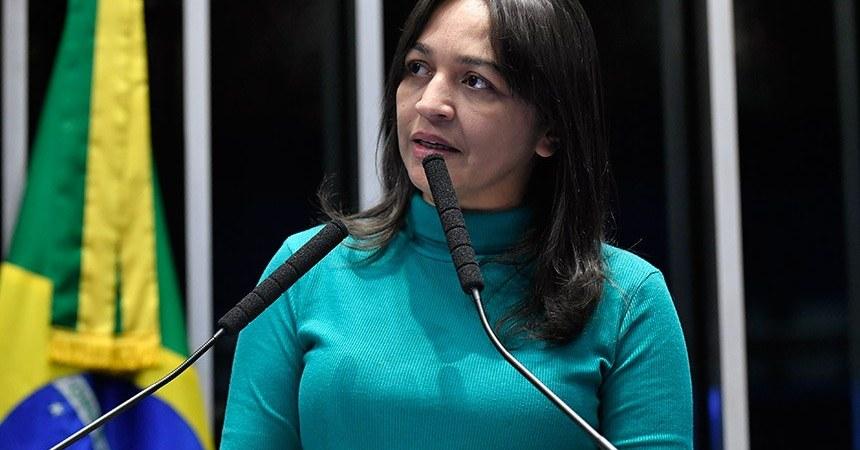 Eliziane sugere estudos sobre liberdade de imprensa