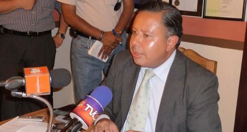 Aumenta de tono pleito entre alcalde y ex alcalde