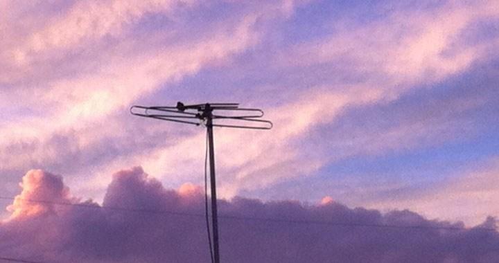 Confirma demanda por colocación de antena por violentar suspensión, en la presa
