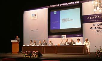 Reconoce IEC a más de mil doscientos artistas guanajuatenses