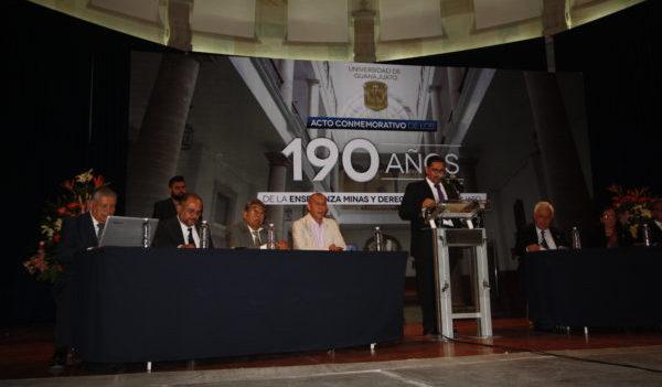 Instituciones y personajes, el origen de la Universidad de Guanajuato