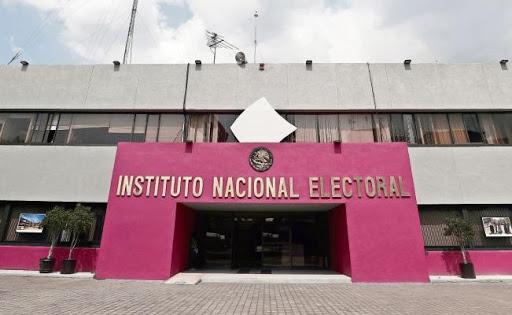 Partidos políticos definen al INE, no debe desaparecer