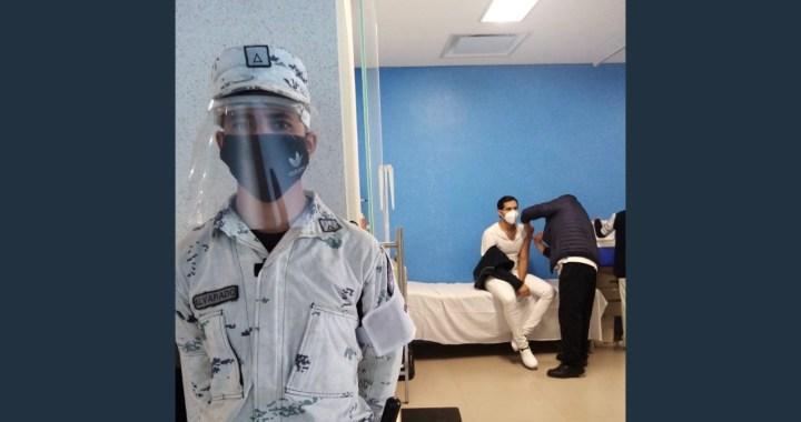 Los médicos ocupan vacunas no reconocimientos: Pastor García