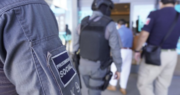 Serán cesados los policías que enfrentan proceso penal
