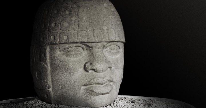 Significado cosmológico y sociopolítico de los olmecas*
