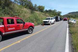 Choques dejan tres personas heridas