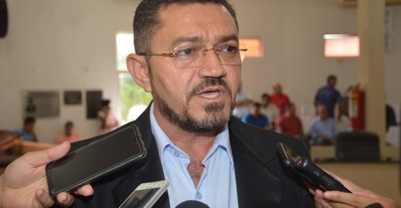 Padre Walmir libera reabertura das igrejas a partir de 15 de junho em Picos 1