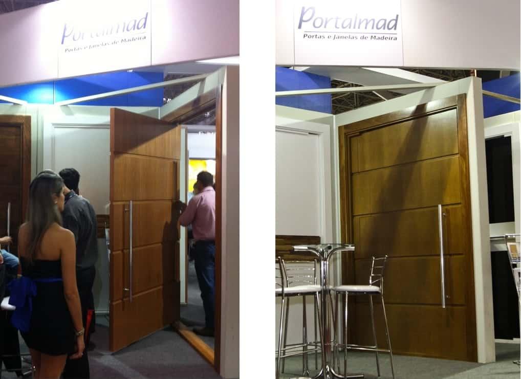 Porta Pivotante de madeira  Portas de entrada Passione