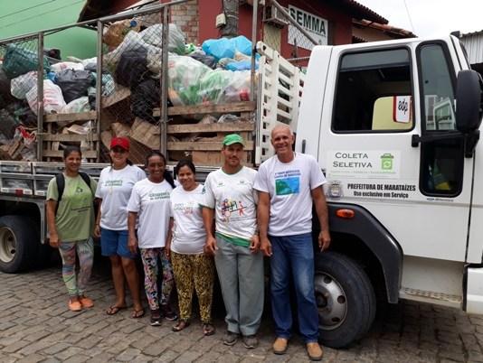 Projeto desenvolvido retira garrafas plásticas do meio ambiente em Marataízes
