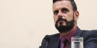 """Anchieta: """"Não podemos ficar esperando a volta da Samarco"""", Alexandre Assad"""