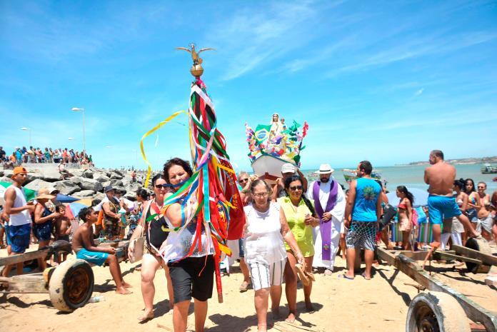 109ª Festa das Canoas de Marataízes resgata tradição religiosa