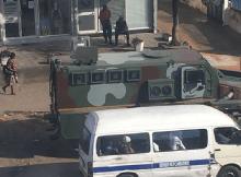 A cidade de Maputo acordou com as principais paragens dos transportes semicolectivos de passageiros, tomadas pela Unidade de Intervenção Rápida (FIR)