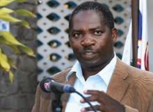 """Renamo diz que o povo moçambicano é que sai a ganhar com encontro entre PR e Afonso Dhlakama, Antonio Muchanga , porta-voz da """"perdiz"""""""