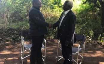 """""""Este é o terceiro acordo que vou assinar. Será em Outubro ou Novembro, o mais tardar no princípio de Novembro"""", afirmou Afonso Dhlakama,"""