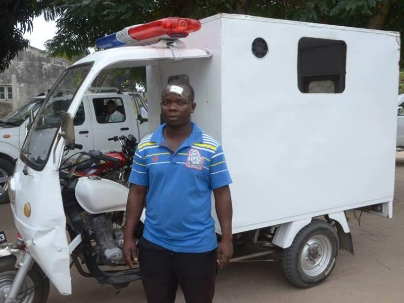 Um grupo de indivíduos desconhecidos, vandalizaram a Moto Ambulância, adquirido pelo Conselho Municipal da Beira, CMB, para evacuar doentes no Posto Administrativo de Nhangau.