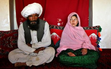 Os muçulmanos são permitidos no islamismo para casar suas próprias filhas