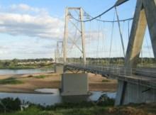 O ministro das Obras Públicas, Habitação e Recursos Hídricos, Carlos Bonete, disse que o actual estado da ponte sobre o Rio Save é preocupante.