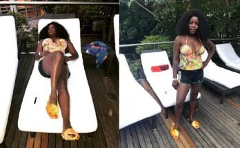 A conceituada cantora moçambicana, Lourena Nhate, está fazendo bastante sucesso nas redes sociais por causa de uma foto em que ela aparece tomando um banho de sol com uns lindos chinelos de peixe.