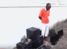 Foi neutralizado o cidadão que roubou 7 computadores na Universidade Pedagógica na cidade da Beira, trata-se de um professor secundário