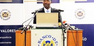 O governador do Banco de Moçambique, Rogério Zandamela, anunciou, na quarta-feira, que a dívida pública interna aumentou em 3,1 mil milhões de meticais