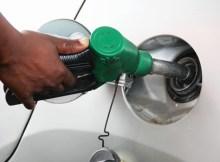 O Governo, através do Ministério dos Recursos Minerais e Energia anunciou, esta tarde, novos preços de combustível que vão vigorar a partir de amanhã em todo o país.