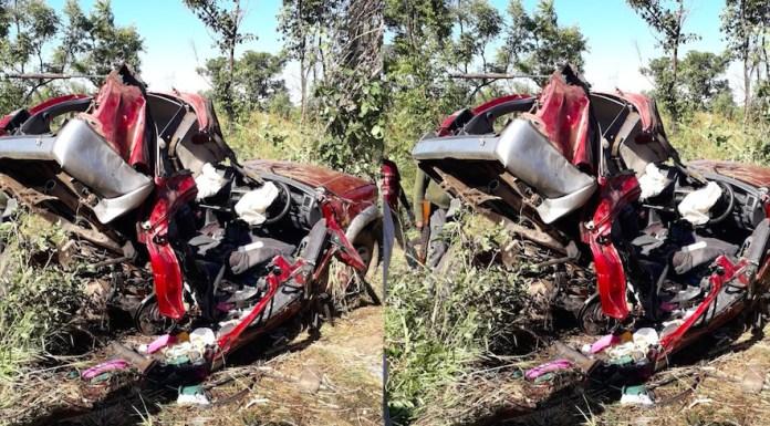 Quatro pessoas perderam a vida na sequência de um acidente de viação de tipo despiste com capotamento, envolvendo um auto ligeiro de passageiro, marca Toyota, modelo Surf