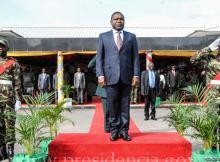 O Governo de Chimoio, capital de Manica, pagou mais de 500 mil meticais (cerca de 8.700 dólares), para a construção de uma tribuna para o comício do presidente moçambicano