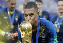 A nova coqueluche do futebol francês Kylian Mbappé foi o jogador mais pesquisado no motor de busca da Google durante a final do Mundial
