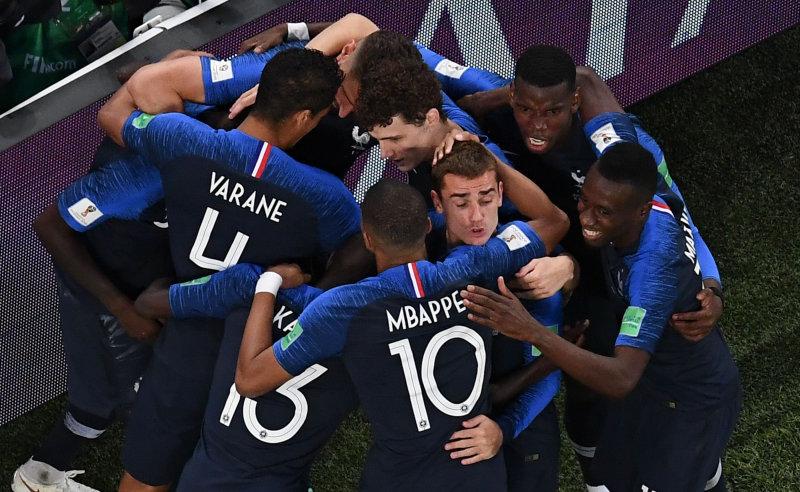 A França é a nova campeã do mundo de futebol. Os gauleses bateram na final do Mundial-2018 a Croácia por 4-2, partida disputada no Estádio Luzhniki, em Moscovo