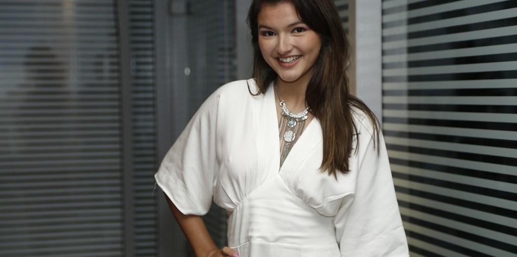 Bárbara Maia é Cassandra em Carinha de Anjo