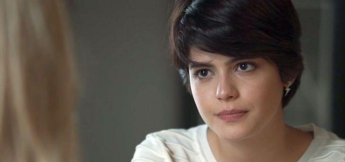 Adriana (Julia Dalavia) em O Outro Lado do ParaísoAdriana (Julia Dalavia) em O Outro Lado do Paraíso