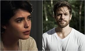Adriana (Julia Dalavia) e NIcolau (Alejandro Claveaux)