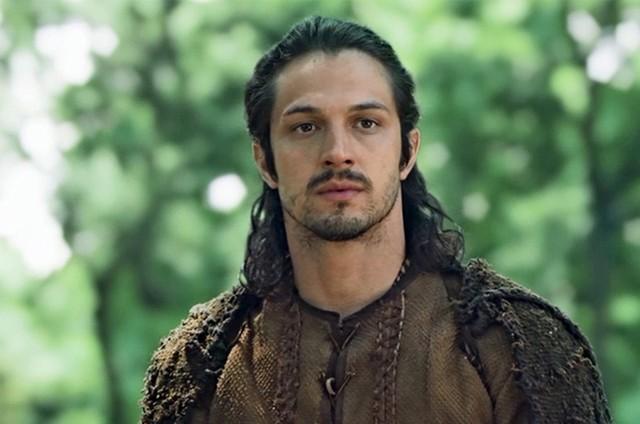 Afonso (Romulo Estrela) em Deus Salve o Rei