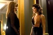Clara (Bianca Bin) enfrenta Sophia (Marieta Severo) e a chama de assassina.