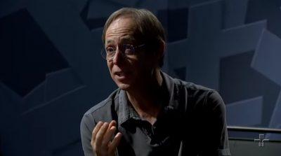 Pedro Cardoso em entrevista ao programa Provocações (Reprodução/YouTube)