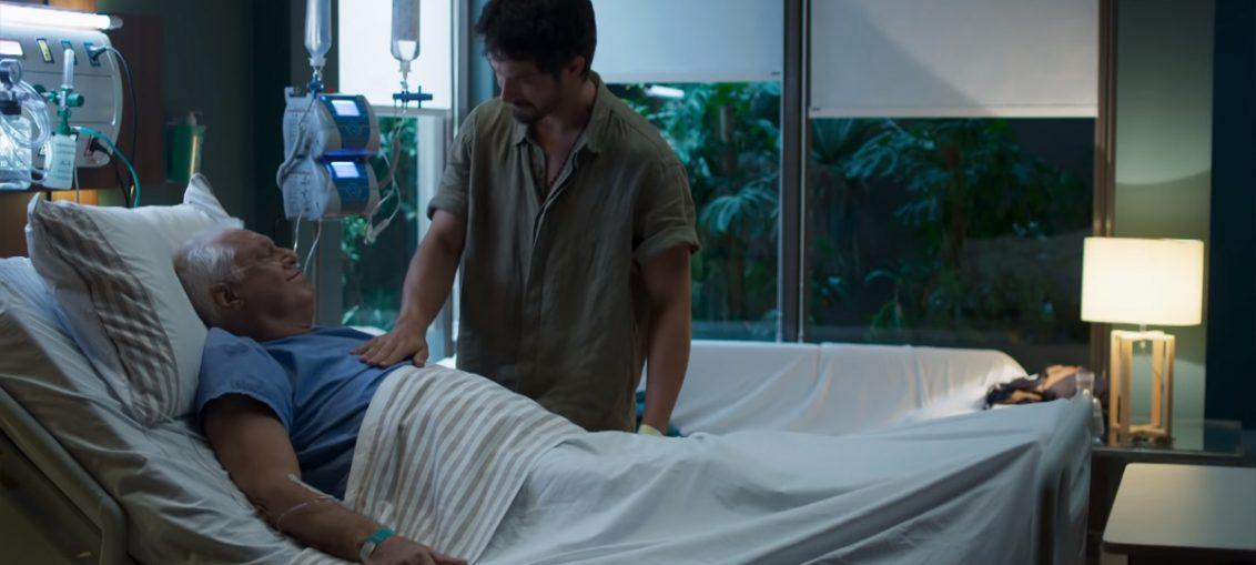 Alberto (Antonio Fagundes) e Marcos (Romulo Estrela) em Bom Sucesso (Reprodução / TV Globo)