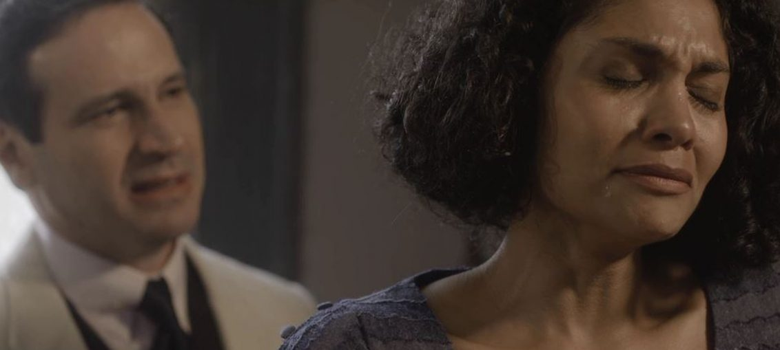 João Aranha (Caco Ciocler) e Shirley (Barbara Reis) em Éramos Seis (Reprodução / TV Globo)