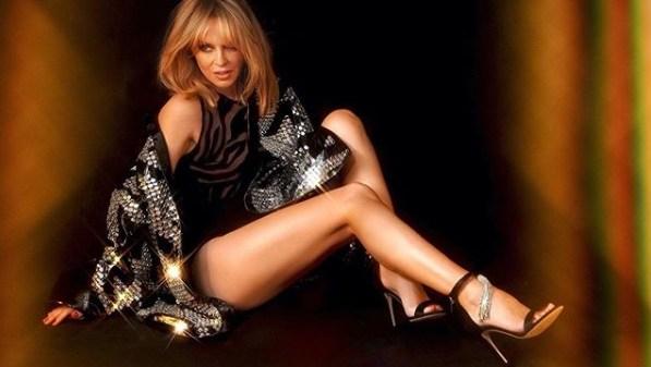 """Kylie Minogue revela data de lançamento de seu novo single """"Magic"""""""