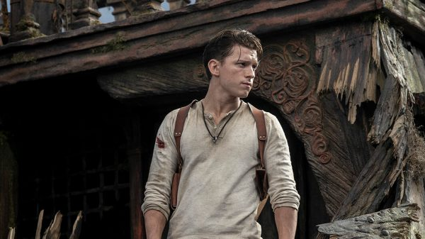 tom holland em UNCHARTED