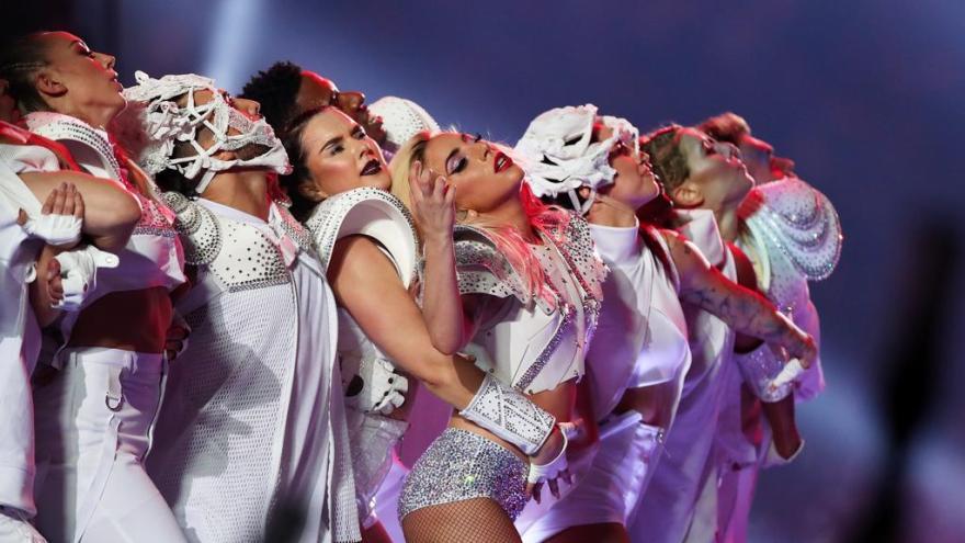 Super Bowl de Lady Gaga ultrapassa os 100 milhões de visualizações no YouTube