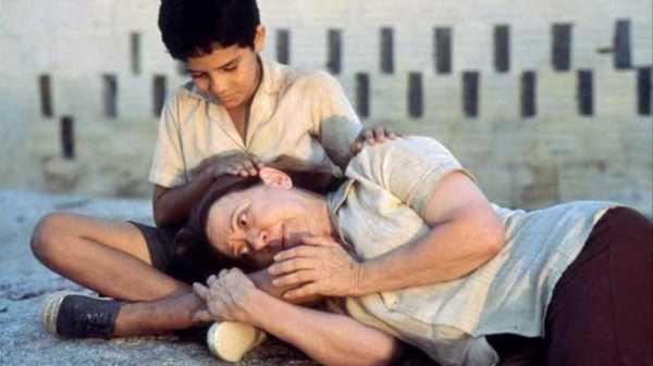 Atriz diz que Fernanda Montenegro merecia ter levado o Oscar por Central do Brasil