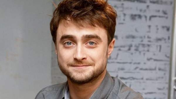 """Daniel Radcliffe expõe colega de gravação em Harry Potter: """"Se masturbava sem parar"""""""
